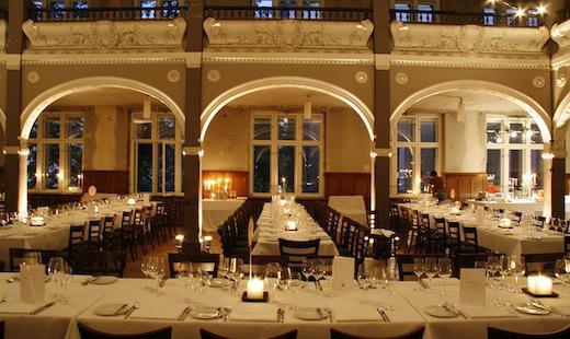 Dinner, Villa Elisabeth, 2009 (©oz berlin, Foto: Rosa Merk)