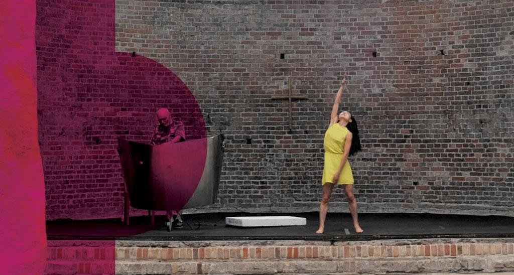 Performance von Bob Rutman und Hwan-Hee Hwang in St. Elisabeth